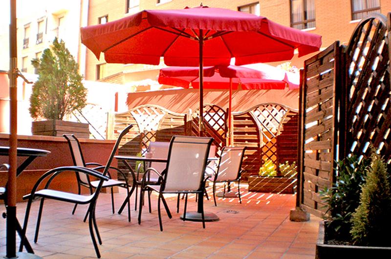 Terraza Hotel Murrieta