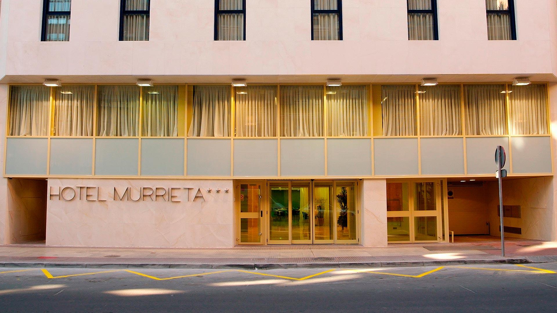 Fachada Hotel Murrieta